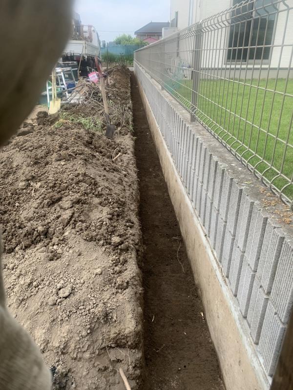 館林市にて作庭工事