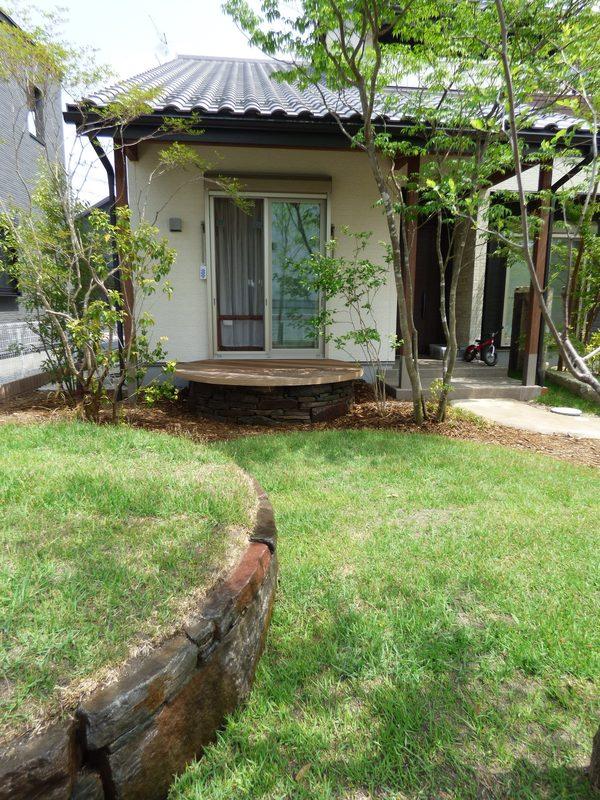 茨城県つくばみらい市 M邸 ~アートなお庭~のサムネイル